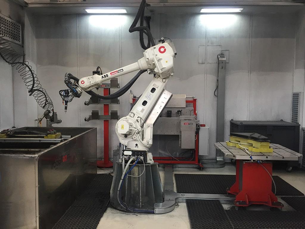 robot-multifunzione-dallara